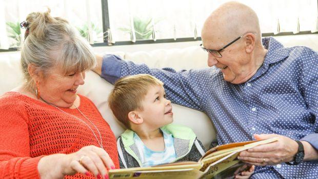 Δραστηριότητες για παππούδες και γιαγιάδες με καλή ακοή!